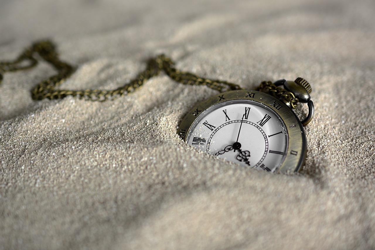 kieszonkowy zegarek w piasku